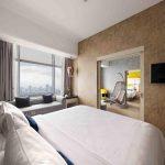 Yellow Hotel Tempat Tidur